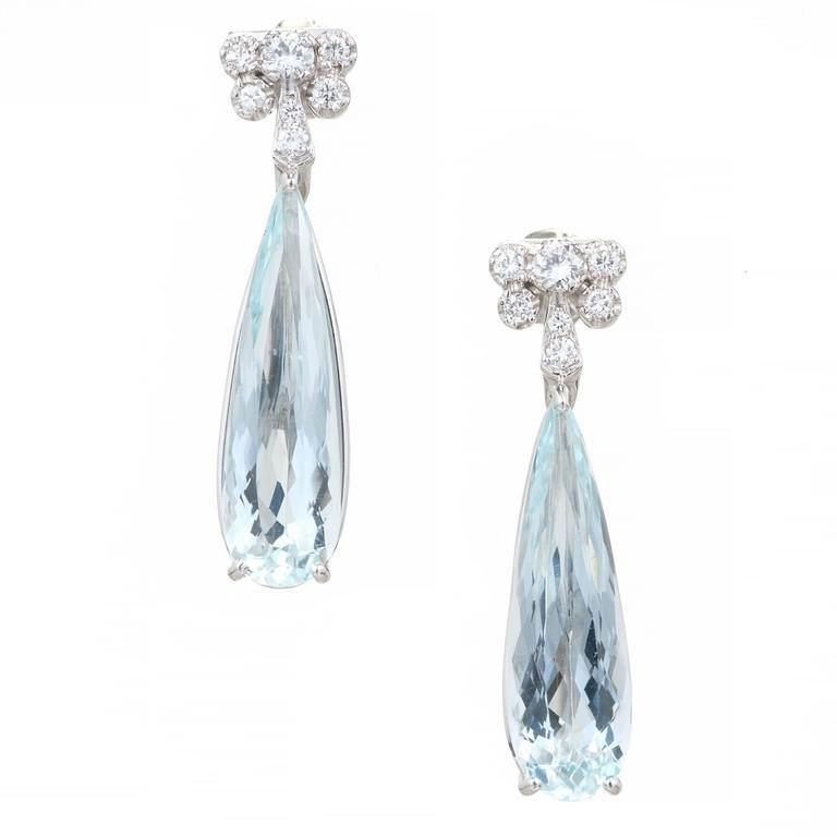 1940s 9.39 Carat Natural Pear Aqua Diamond Platinum Dangle Earrings
