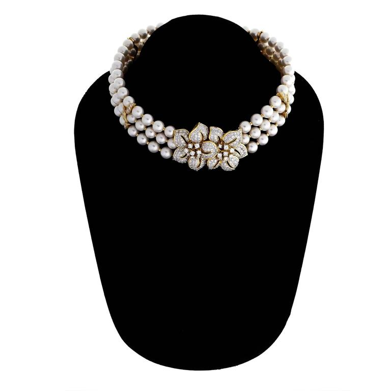 Three-Row Cultured Pearl Diamond Gold Collar Choker Necklace For Sale 1