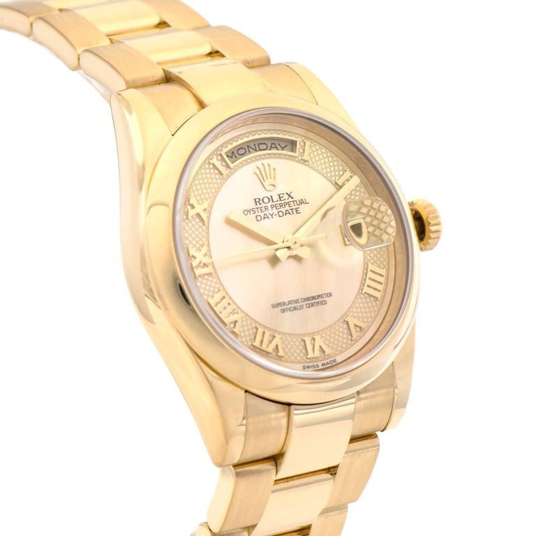 Rolex Yellow Gold Day-Date President automatic Wristwatch Ref 118208 In Excellent Condition For Sale In Stamford, CT