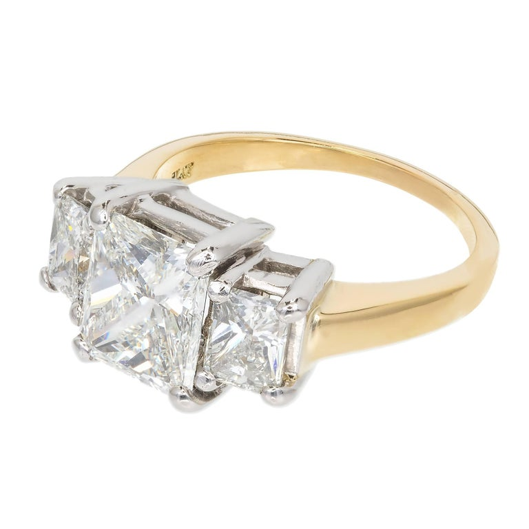 Peter Suchy 3.27 Carat Diamond Three-Stone Gold Platinum Engagement Ring For Sale 3