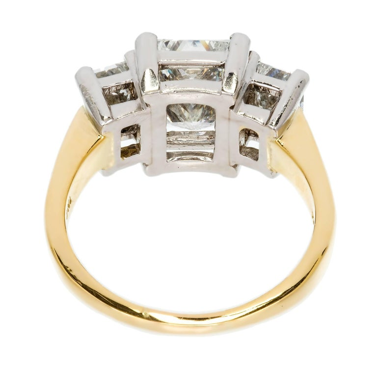 Peter Suchy 3.27 Carat Diamond Three-Stone Gold Platinum Engagement Ring For Sale 4