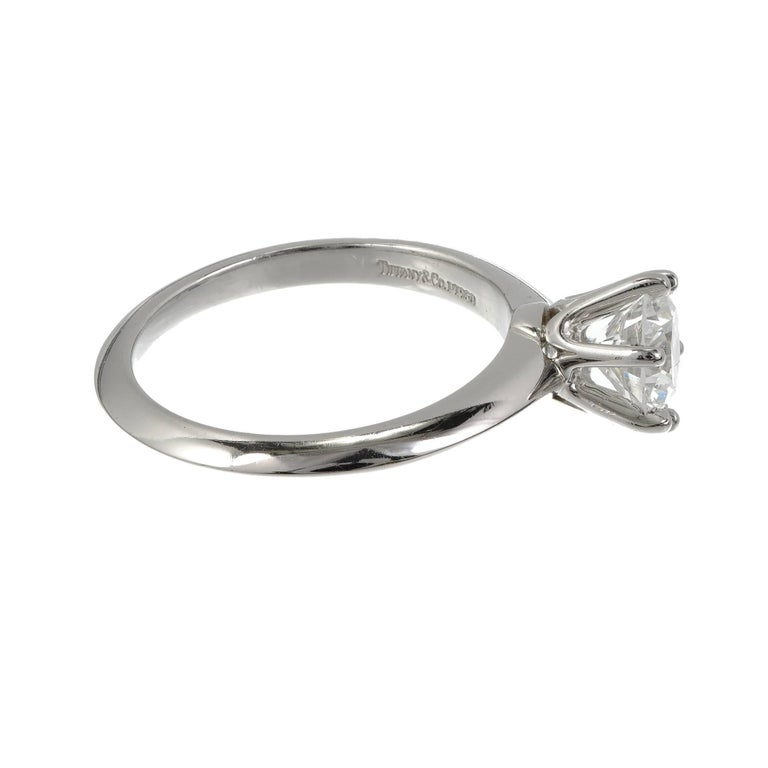 Tiffany & Co. 1.00 Carat Diamond Platinum Solitaire Engagement Ring For Sale 3
