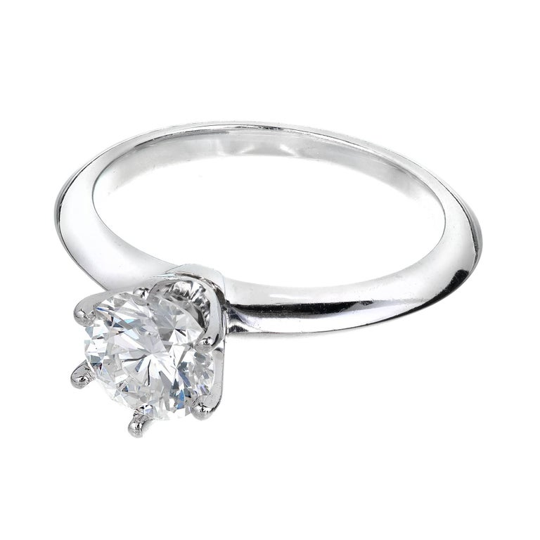 Tiffany & Co. 1.00 Carat Diamond Platinum Solitaire Engagement Ring For Sale 4
