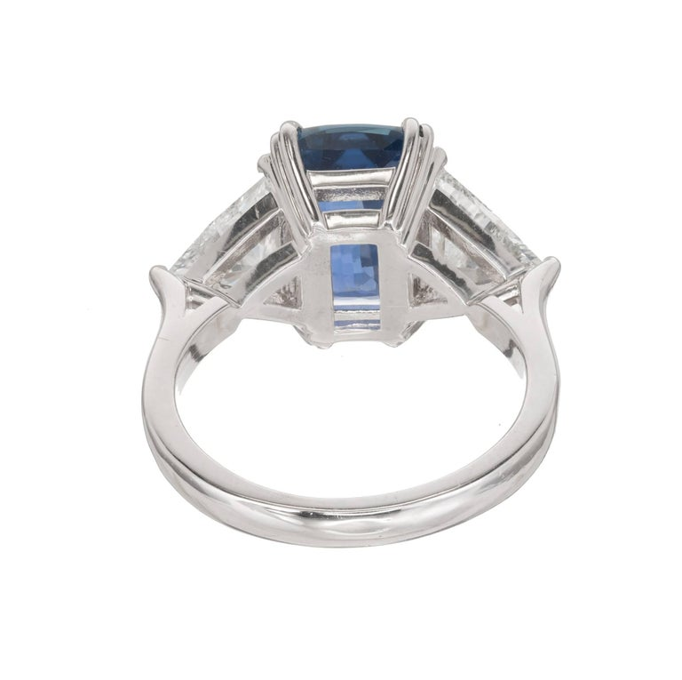 Peter Suchy 4.61 Carat Sapphire Diamond Platinum Three-Stone Engagement Ring For Sale 3