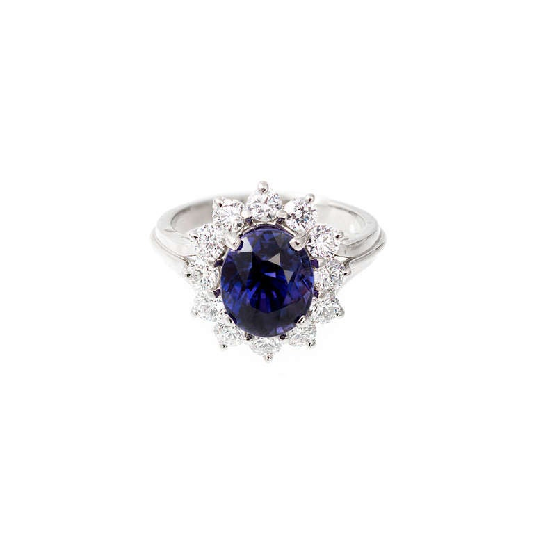 Oval Blue Purple Sapphire Diamond Halo Engagement Ring In Good Condition For Sale In Stamford, CT