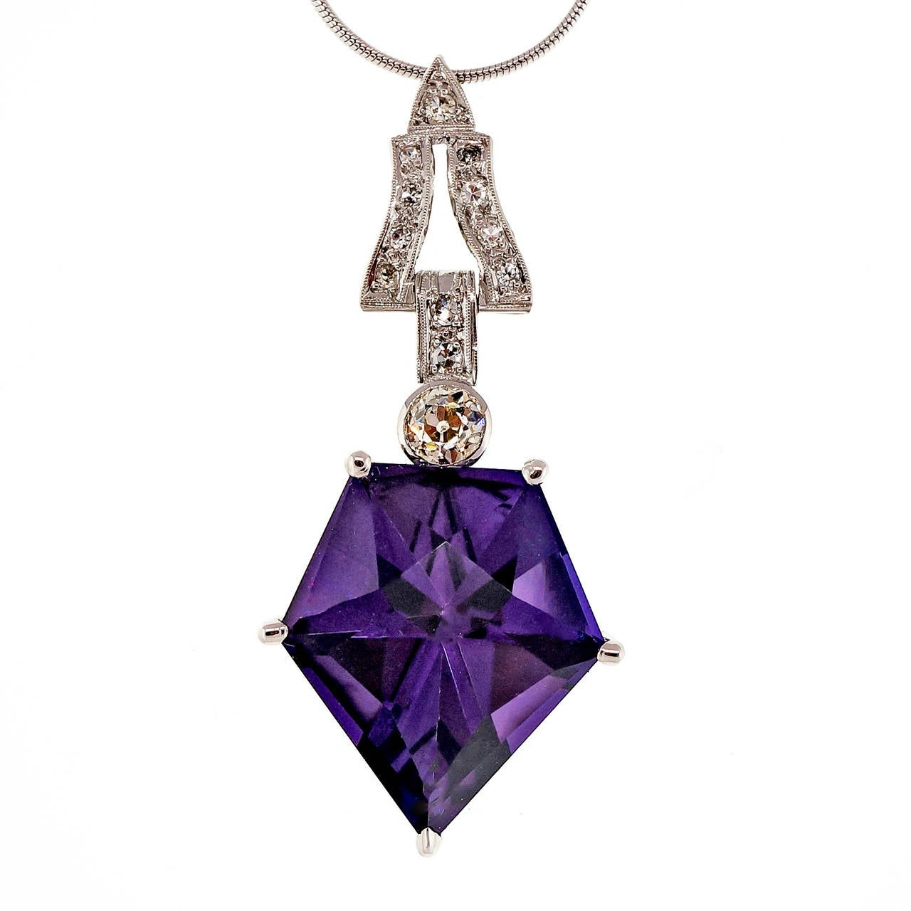 Art Deco Purple Amethyst Diamond Platinum Necklace In Good Condition For Sale In Stamford, CT