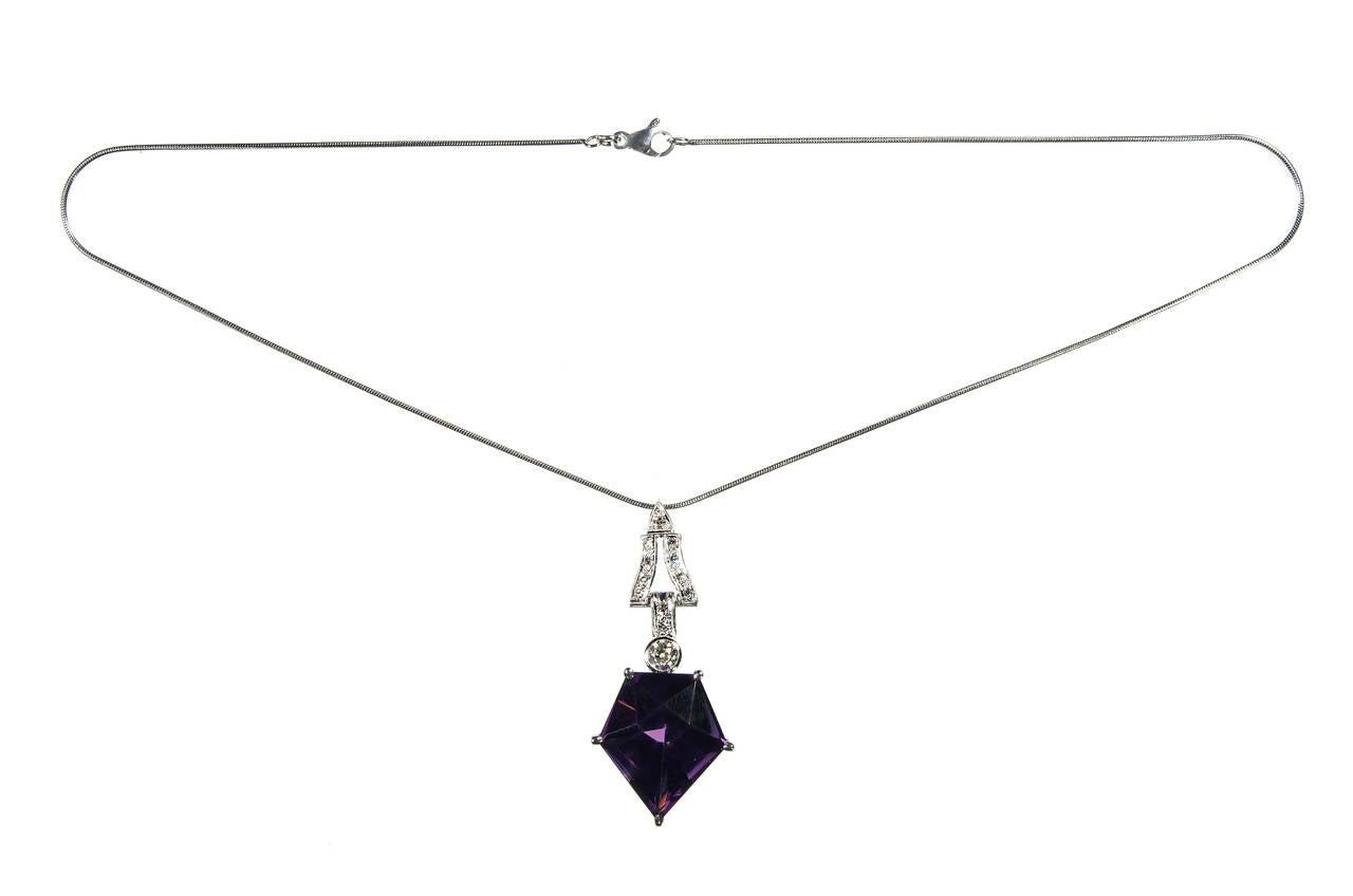 Art Deco Purple Amethyst Diamond Platinum Necklace For Sale 1