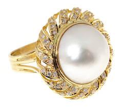 Pearl and Diamond Gold Swirl Ring