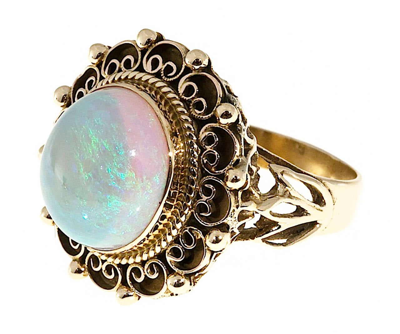 Art Deco Blue Green Opal Yellow Gold Ring In Good Condition For Sale In Stamford, CT
