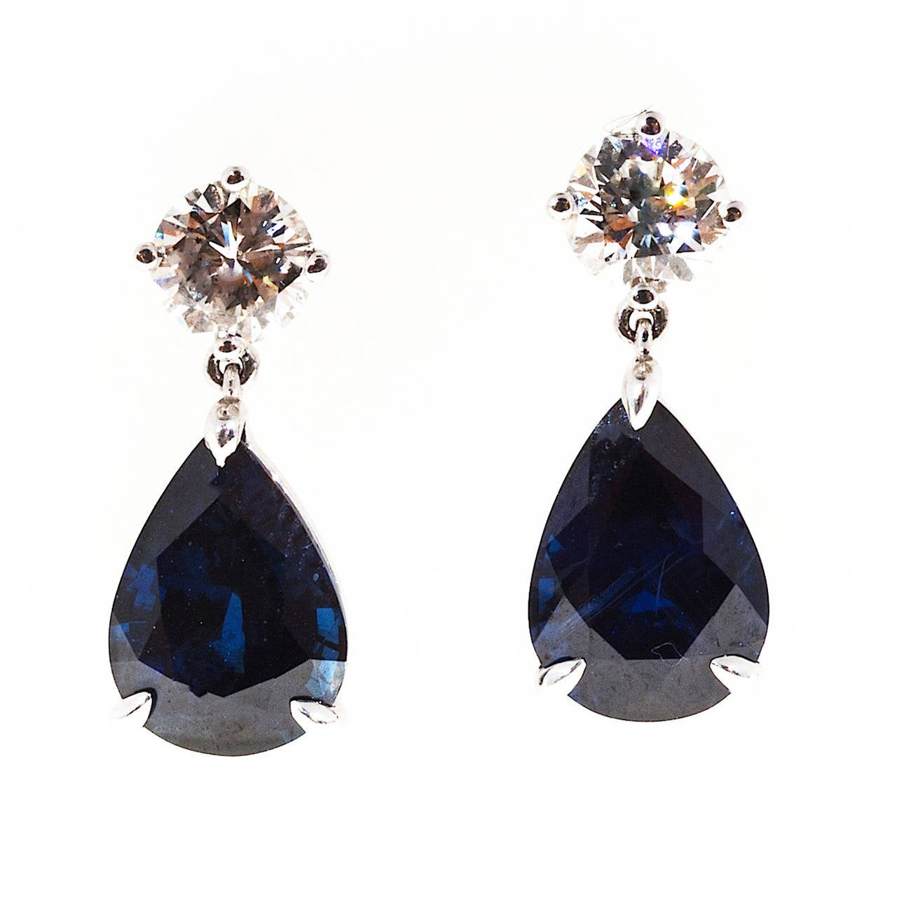 Royal Blue Pear Shaped Sapphire Diamond Gold Dangle Earrings For Sale