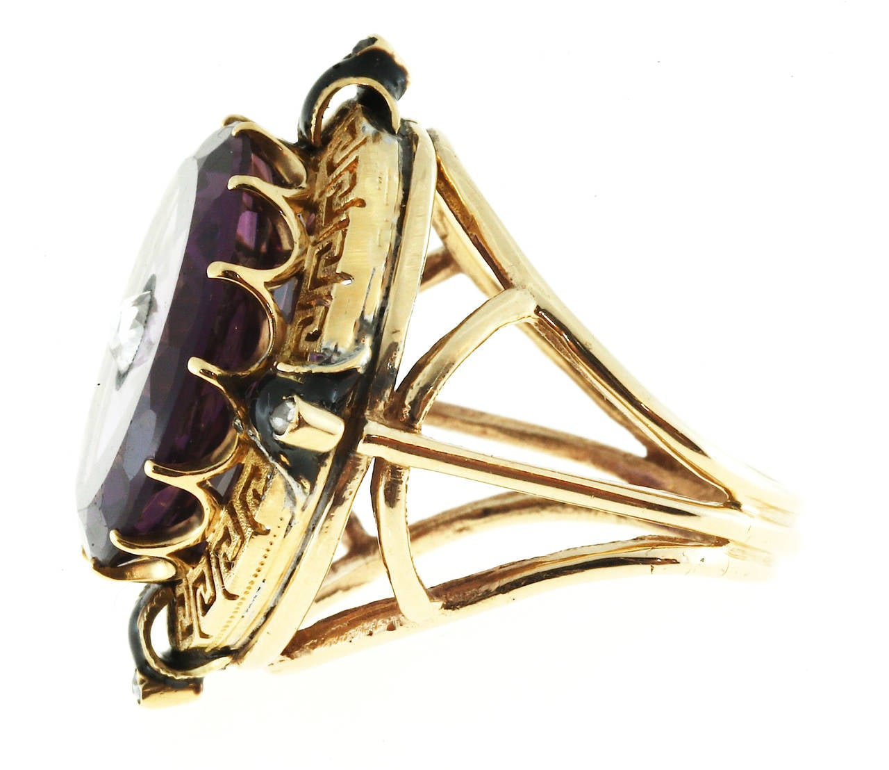 Enamel Amethyst Rose Cut Diamond Gold Ring In Good Condition For Sale In Stamford, CT
