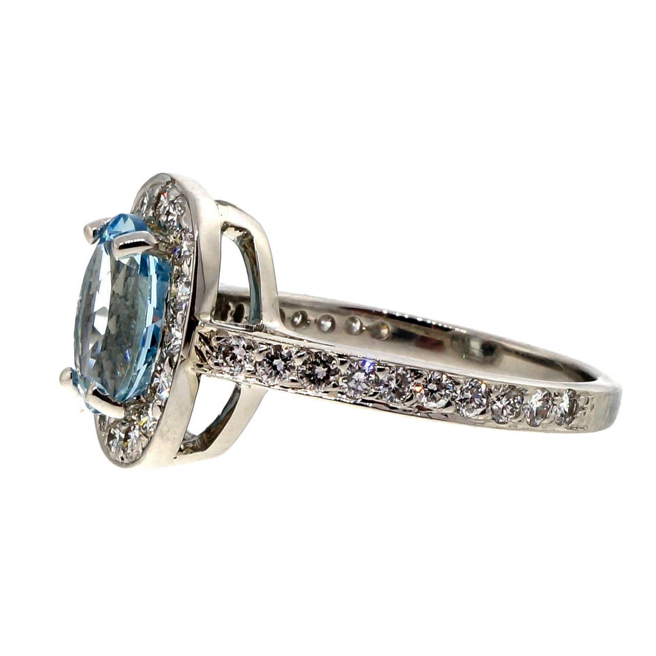 Natural Aquamarine Diamond Platinum Halo Ring In Good Condition For Sale In Stamford, CT