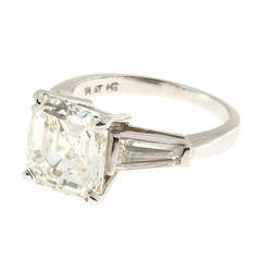 Peter Suchy Diamond Three Stone Engagement Ring