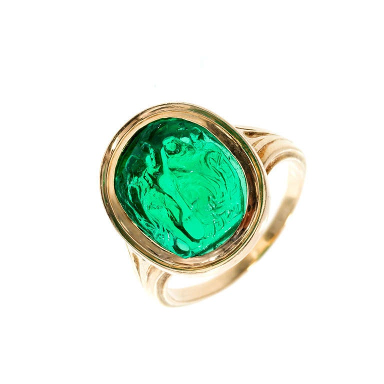 Natural Carved Colombian Emerald Gold Cocktail Ring 3