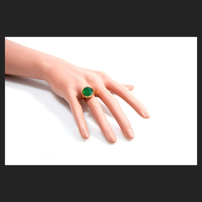 Natural Carved Colombian Emerald Gold Cocktail Ring 4