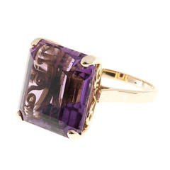 Bright Purple Amethyst Gold Cocktail Ring