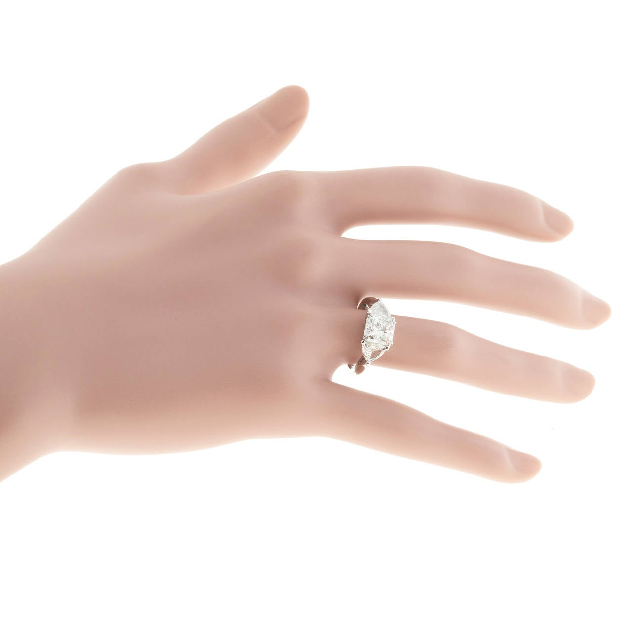 Peter Suchy Three Stone Diamond Platinum Engagement Ring For Sale at ...