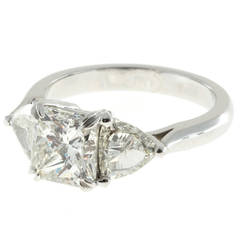 Peter Suchy Three Stone Diamond Platinum Engagement Ring