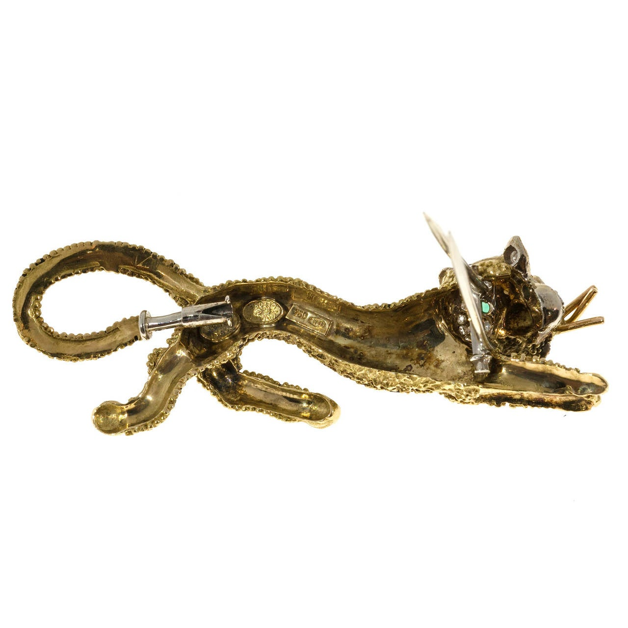 Emerald Diamond Black Enamel Yellow Gold Tiger Leopard Pin In Good Condition For Sale In Stamford, CT