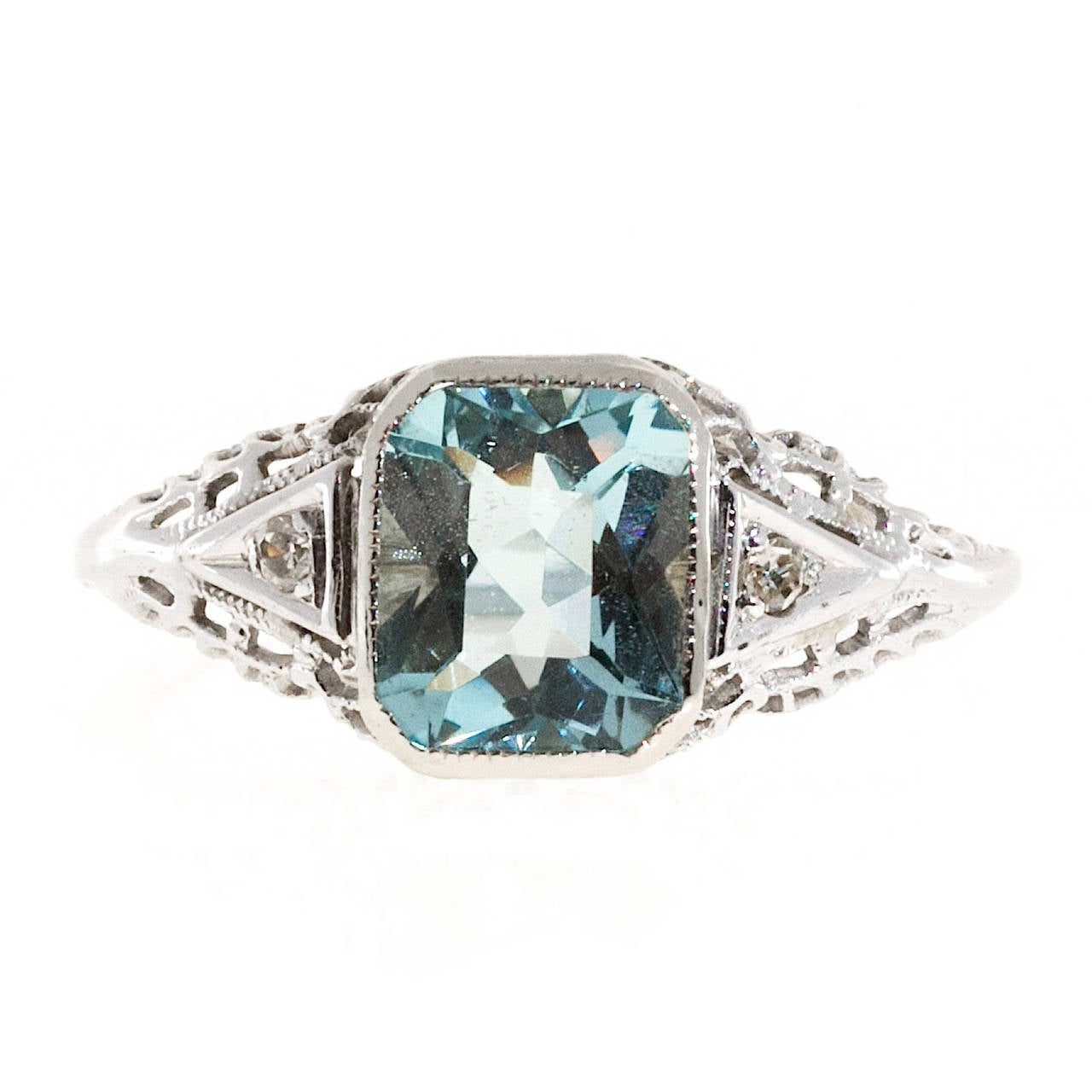 Aquamarine Diamond Gold Filigree Ring In Good Condition For Sale In Stamford, CT