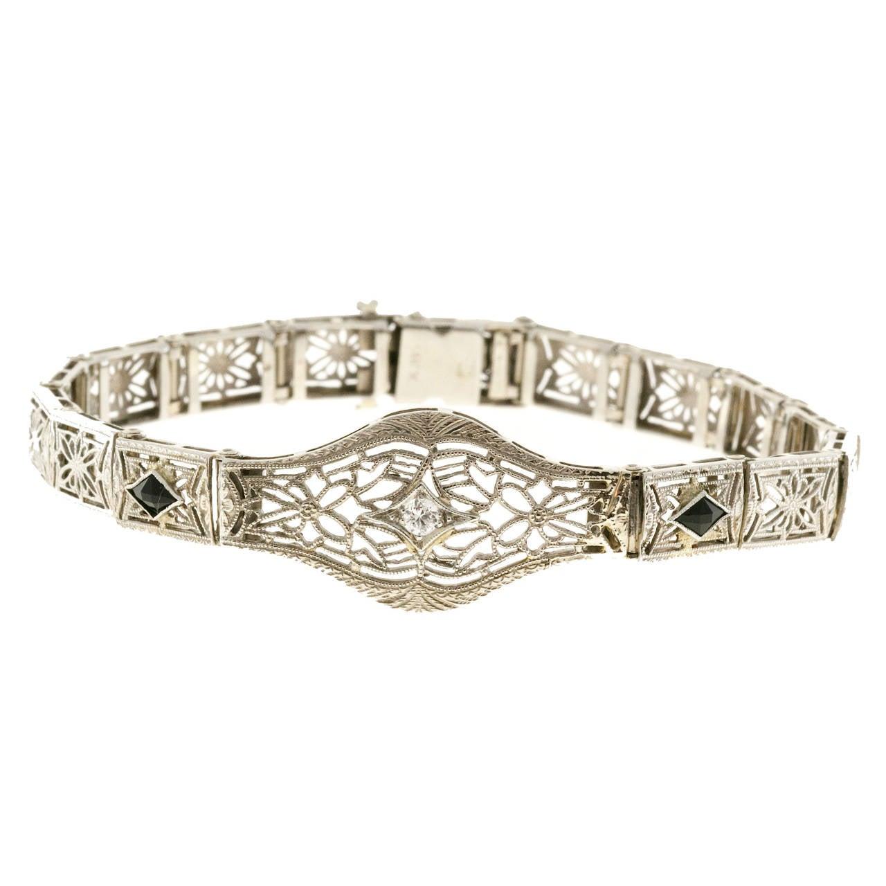 Diamond Calibre Sapphire White Gold Filigree Bracelet In Good Condition For Sale In Stamford, CT