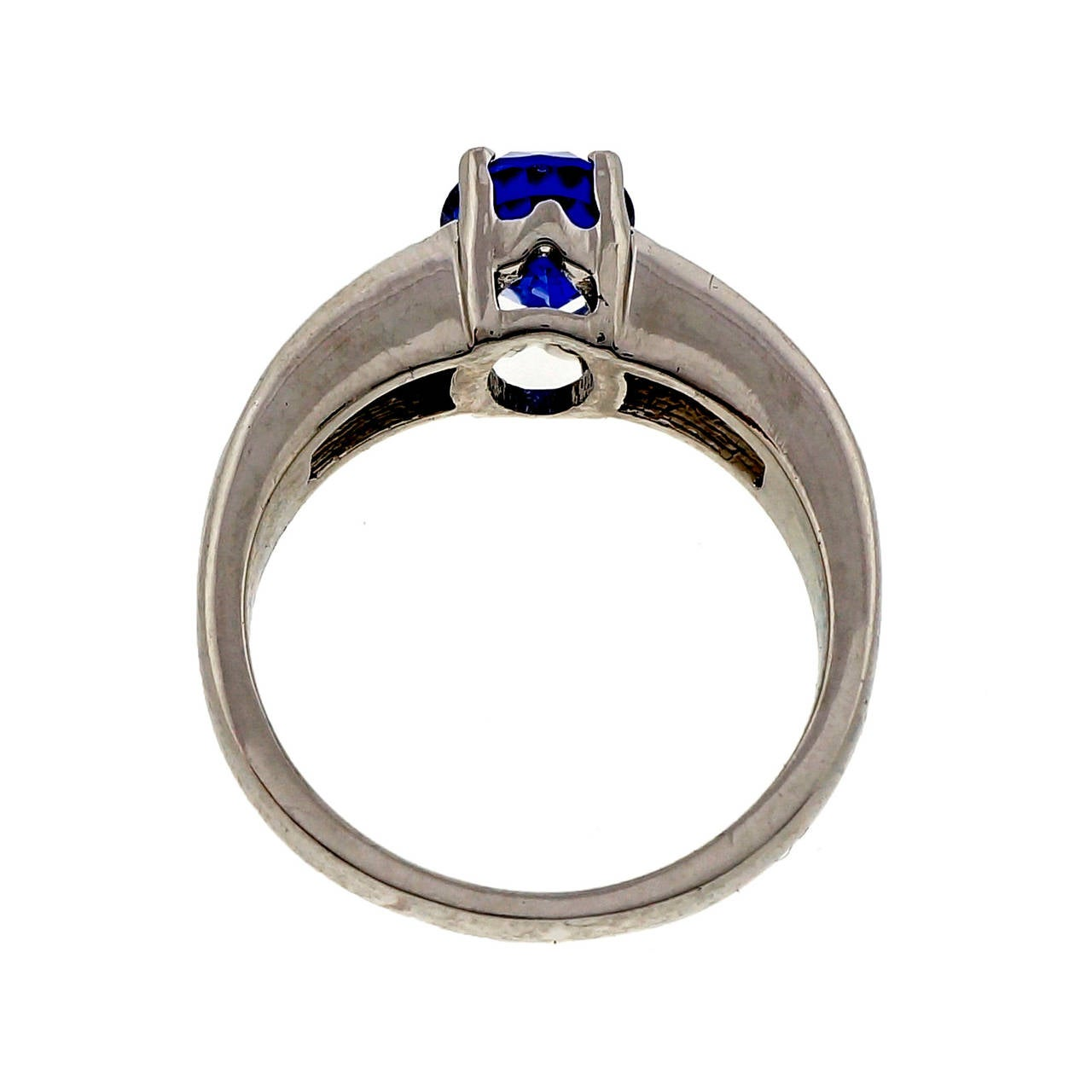 Women's Natural Blue Sapphire and Diamond Platinum Engagement Ring For Sale