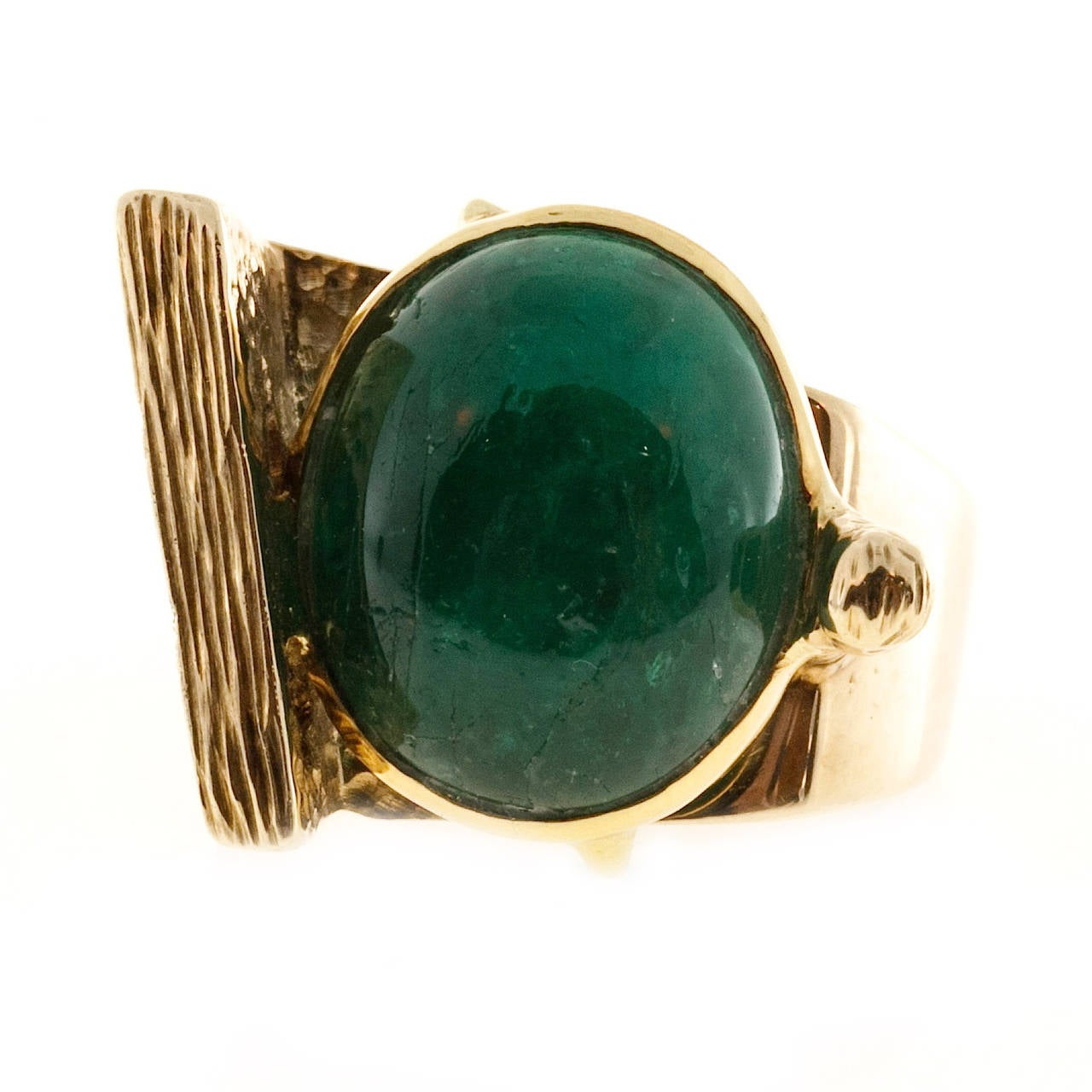 1950s Jordin Cabochon Emerald Gold Bezel Set Cocktail Ring 7