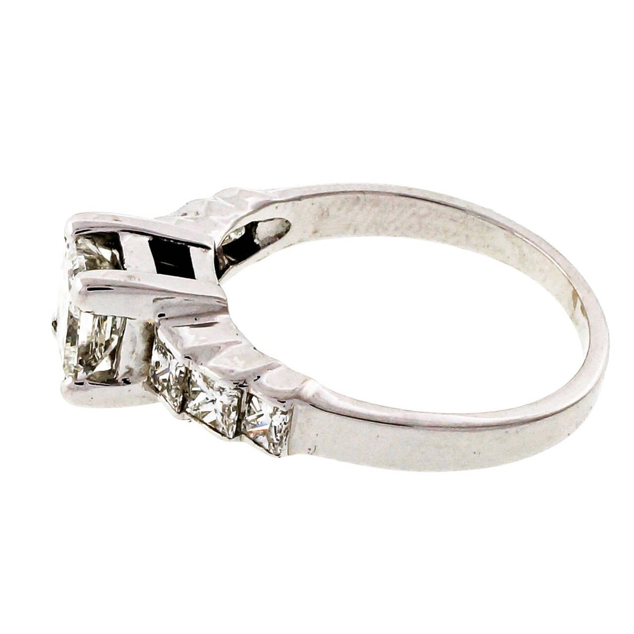 Diamond Gold Engagement Ring For Sale 1