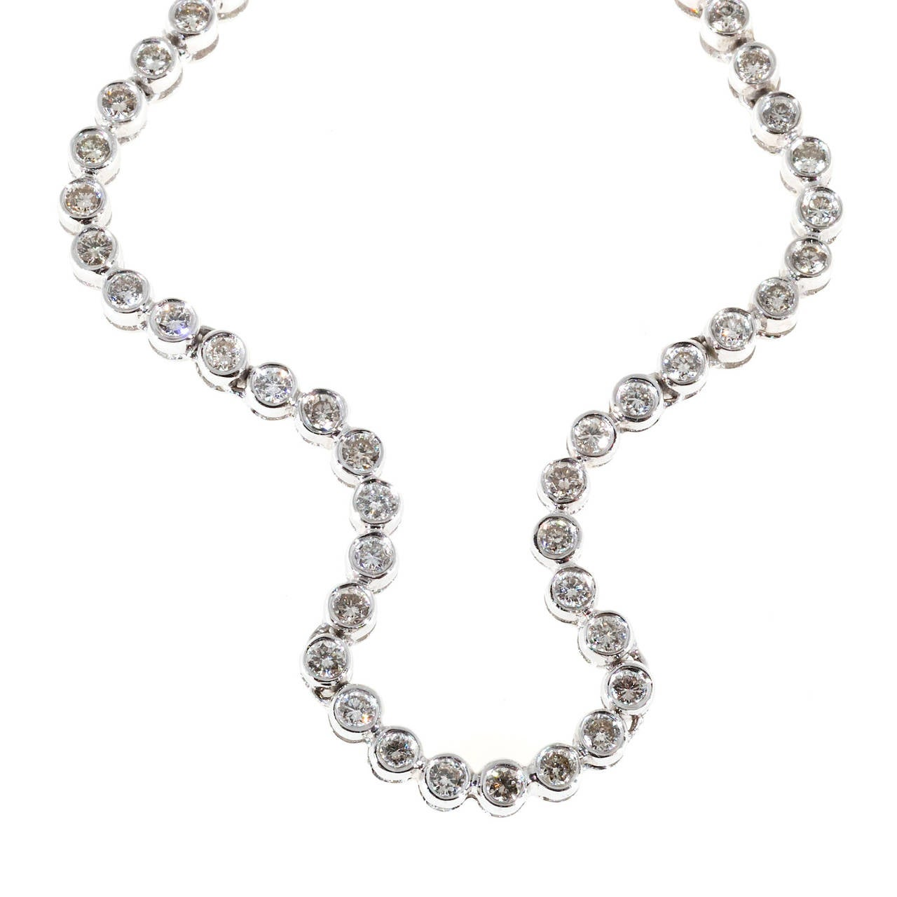 Diamond Gold Swirl Link Necklace For Sale 2