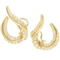 Robin Rotenier 2.50 Carat Diamond Yellow Gold Swirl Clip Post Earrings
