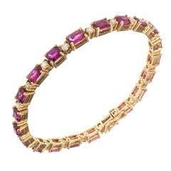 12.99 Carat Ruby Diamond Yellow Gold Bracelet