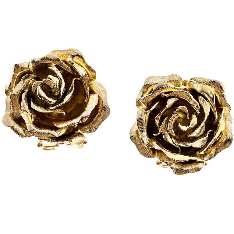 Tiffany & Co. Green Gold 3-D Clip Post Flower Earrings For Sale