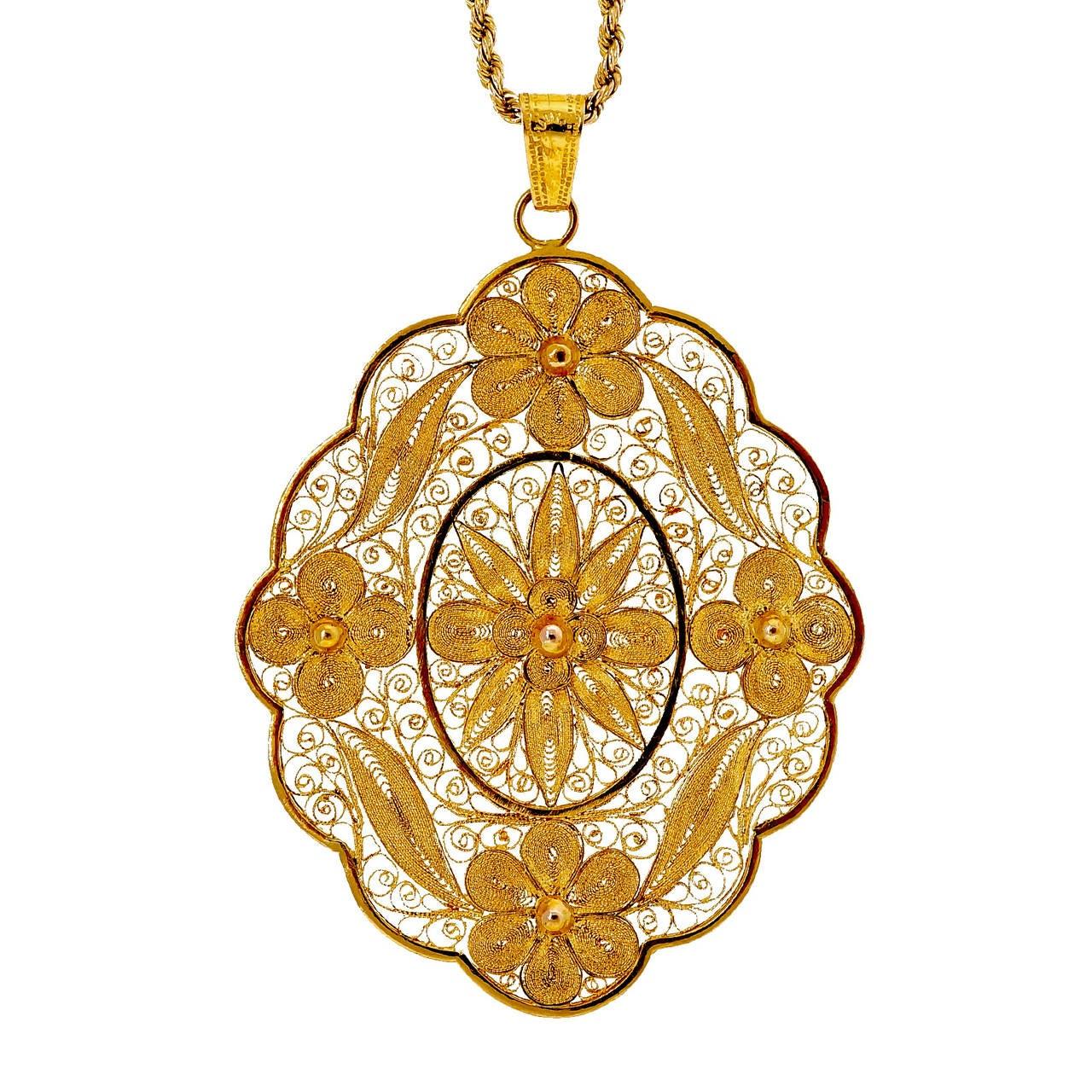 filigree yellow gold pendant at 1stdibs