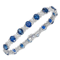 Cornflower Blue Oval Sapphire Diamond White Gold Bracelet