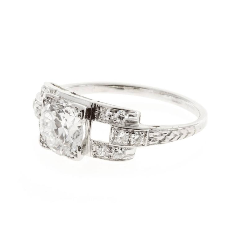 Diamond Platinum Engagement Ring In Good Condition For Sale In Stamford, CT
