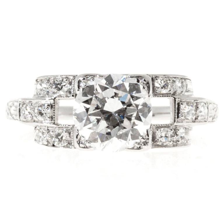 Women's Diamond Platinum Engagement Ring For Sale