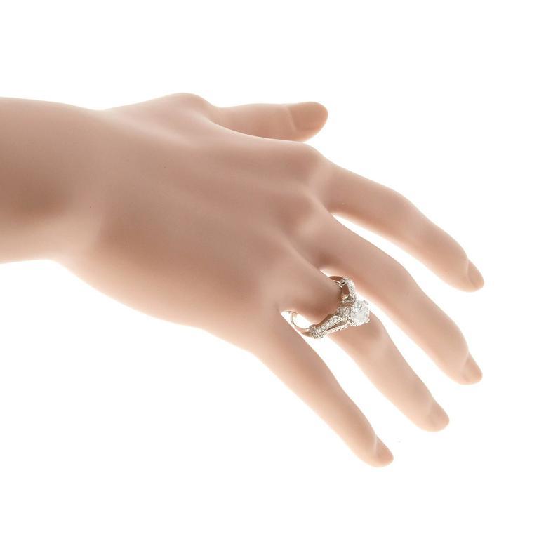 Crown Design Diamond Gold Engagement Ring 8