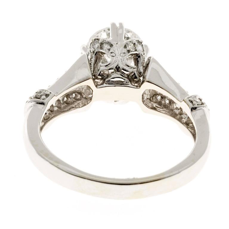 Crown Design Diamond Gold Engagement Ring 3
