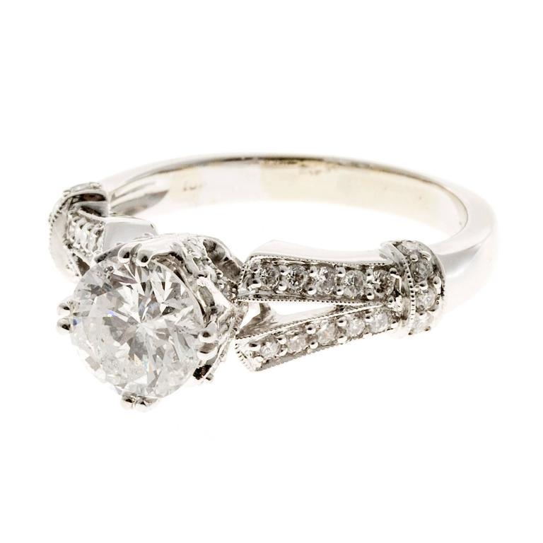 Crown Design Diamond Gold Engagement Ring 6