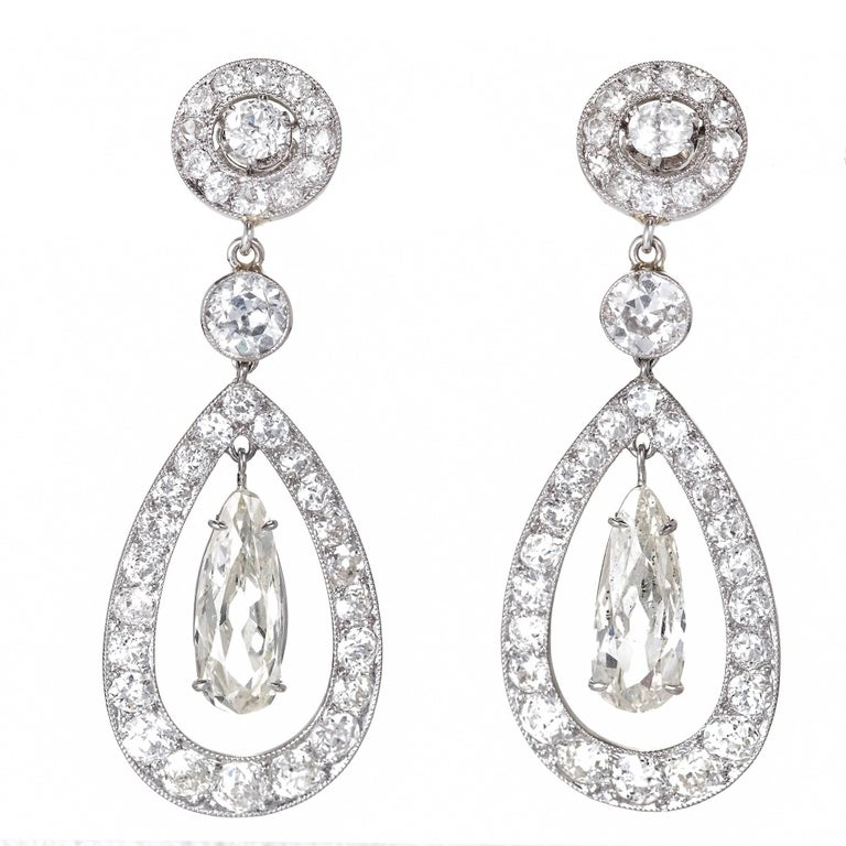 Cartier Paris GIA Certified 7.89 Carat Diamond Platinum Dangle Earrings