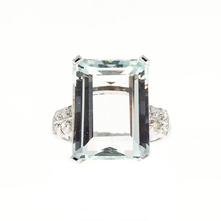 Art Deco 10.60 Carat  Aquamarine Diamond Platinum Ring 3