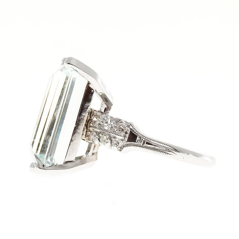 Art Deco 10.60 Carat  Aquamarine Diamond Platinum Ring 5