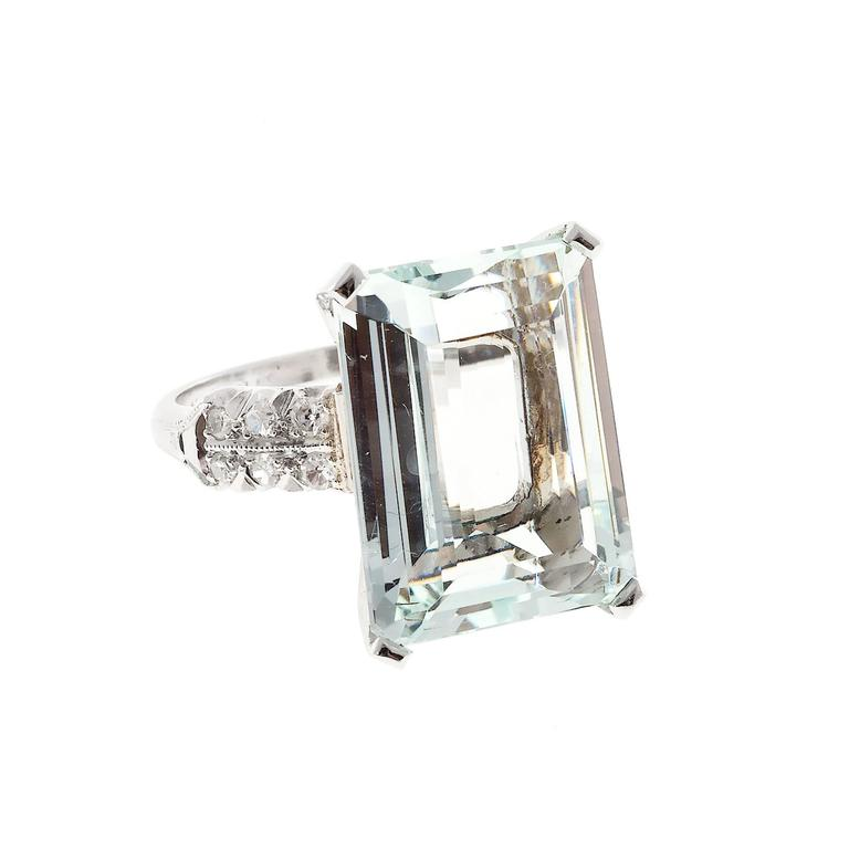 Art Deco 10.60 Carat  Aquamarine Diamond Platinum Ring 6