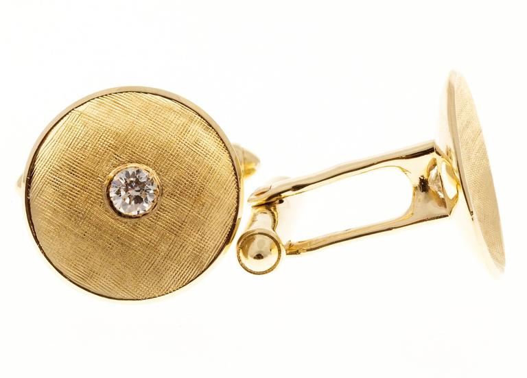 Larter & Sons Diamond Round Concave Gold Cufflinks In Good Condition For Sale In Stamford, CT