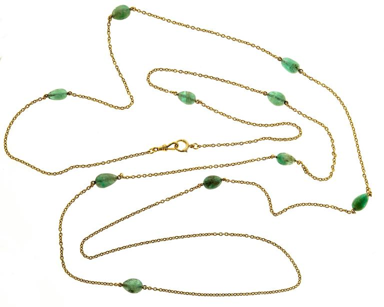 Victorian Emerald Beaded Yellow Gold Necklace For Sale 1