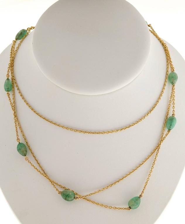 Victorian Emerald Beaded Yellow Gold Necklace For Sale 2