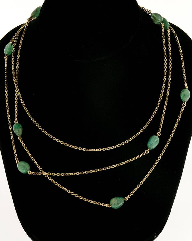 Victorian Emerald Beaded Yellow Gold Necklace For Sale 3