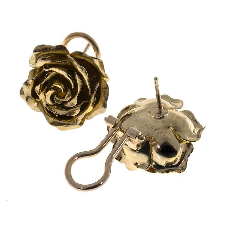 Women's Tiffany & Co. Green Gold 3-D Clip Post Flower Earrings For Sale