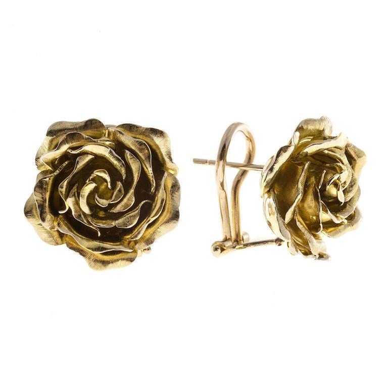 Tiffany & Co. Green Gold 3-D Clip Post Flower Earrings For Sale 2