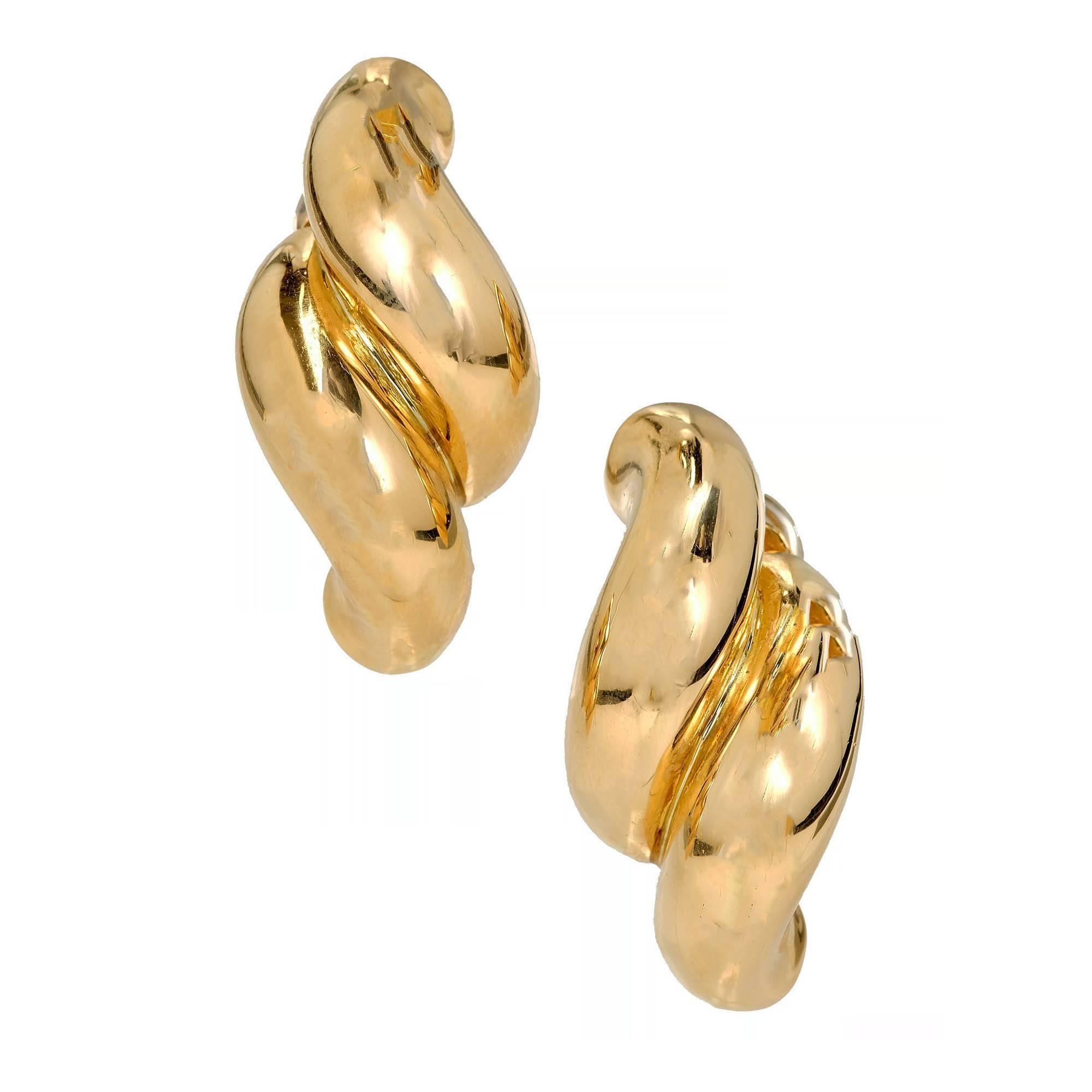 Tiffany & Co. Yellow Gold Double Swirl Link Clip Post Earrings